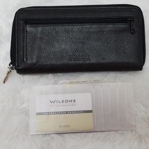 WILSONS LEATHER Wallet Organizer NWOT